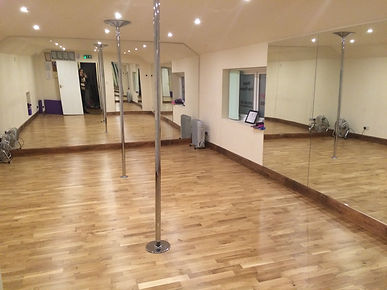 Pole dancing fitness classes in Horsham, Storrington, Worthing Sussex