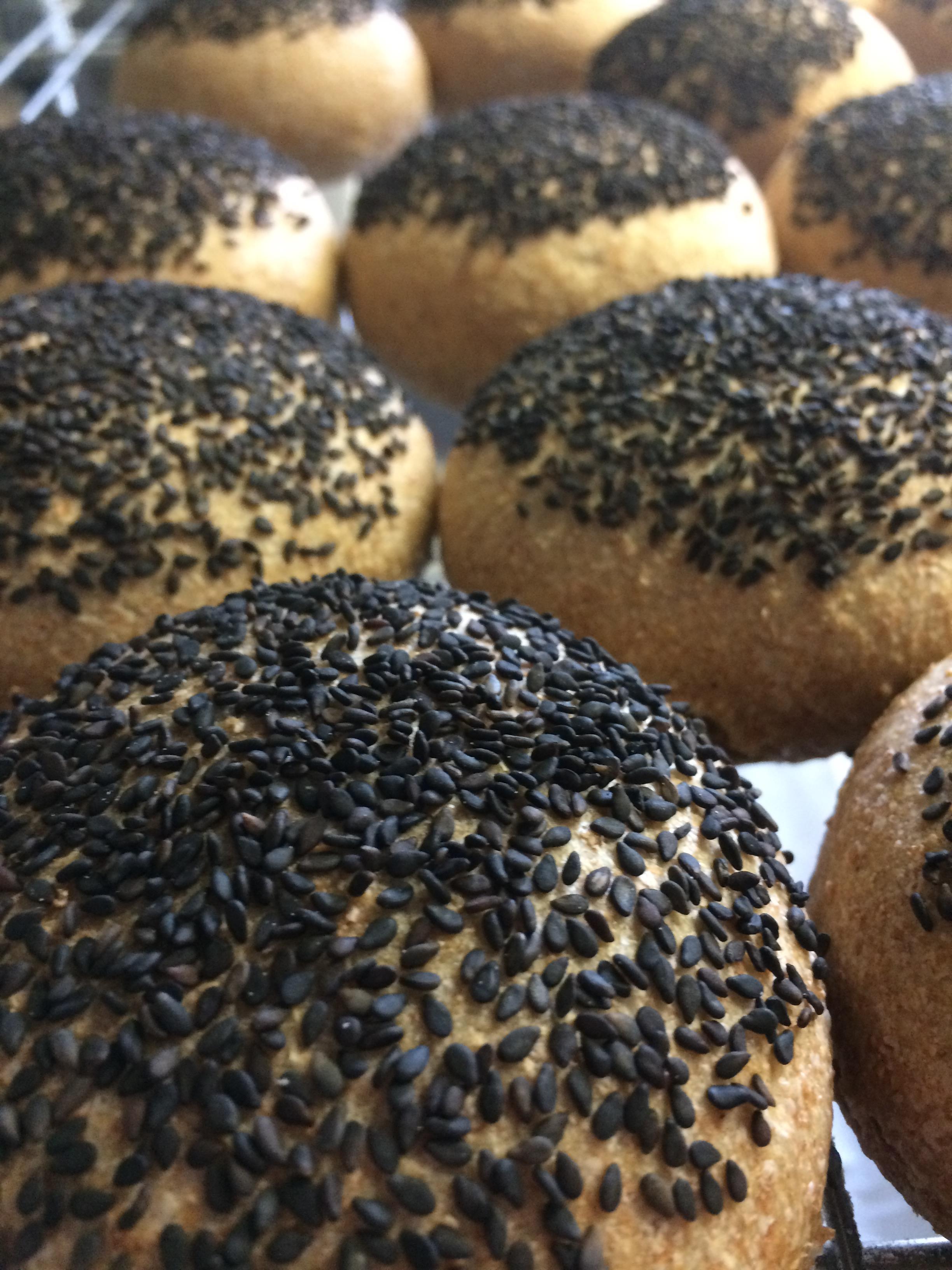 Black Sesame Seed Rolls