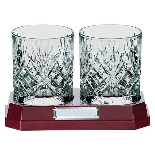 St Oswald set of 2 whisky glasses & base