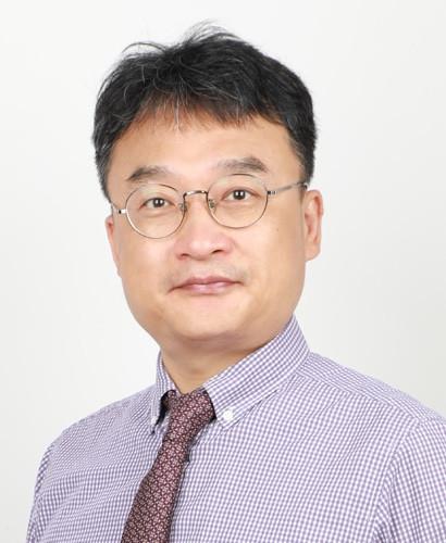 Kyoung-Jin (Safi) Kang