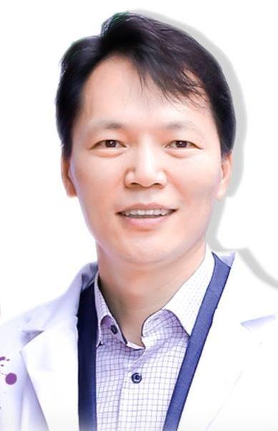 Kim Young Moon