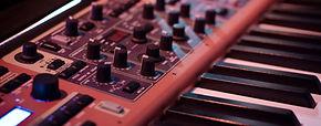 Synthétiseur Musique Caudan