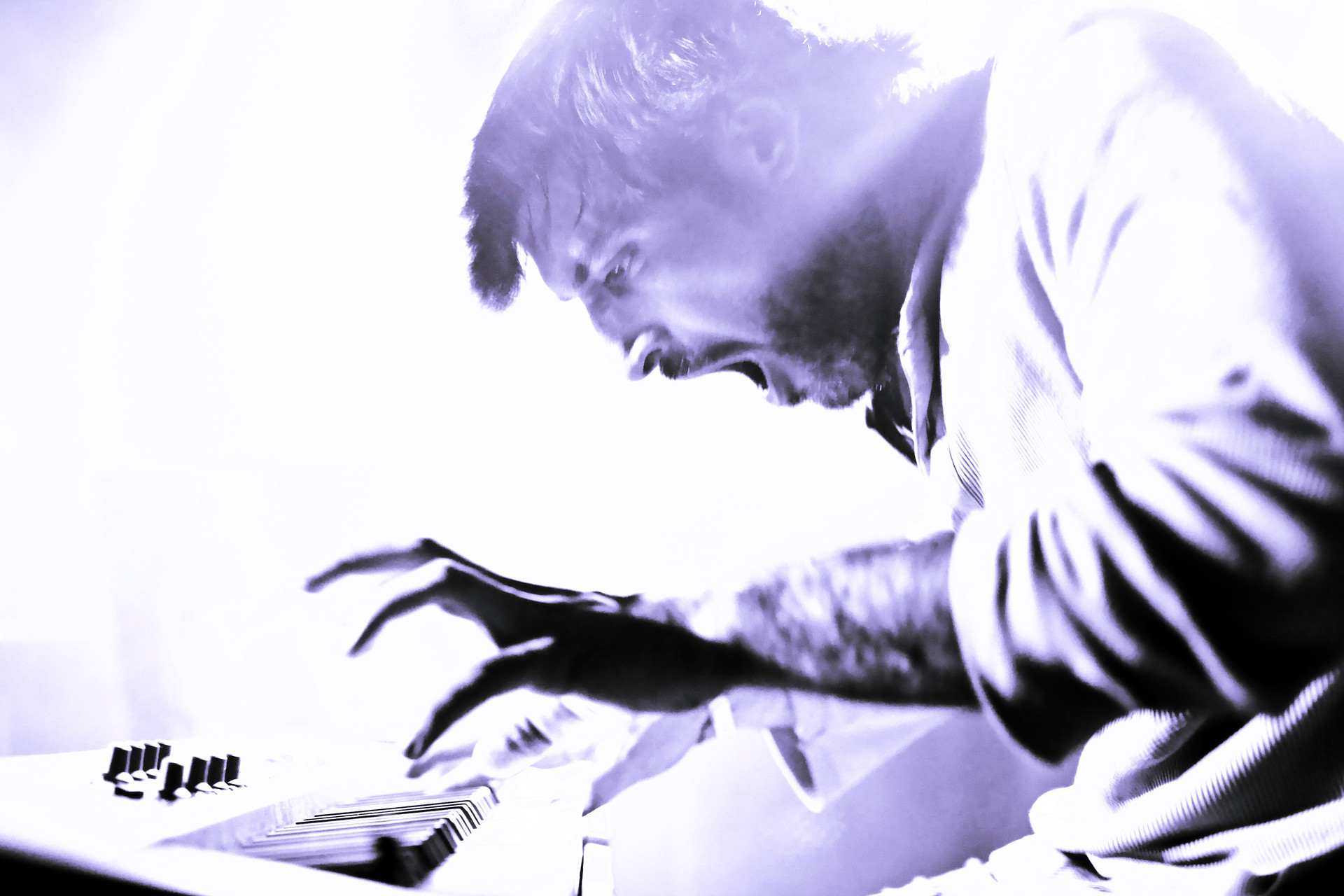 Kertone Production - Jerkov Musiques - My Own Private Alaska (MOPA) - Tristan Mocquet - Photo Live Concert