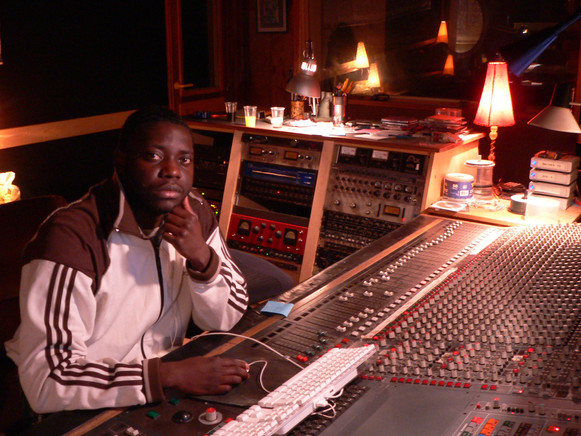Kertone Management - Abraham Dzota - EVOLUTION - Album UNITE - Studio - Soul Gospel Toulouse
