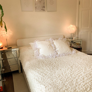 Home: Give Your Bedroom An Instant Glow Up