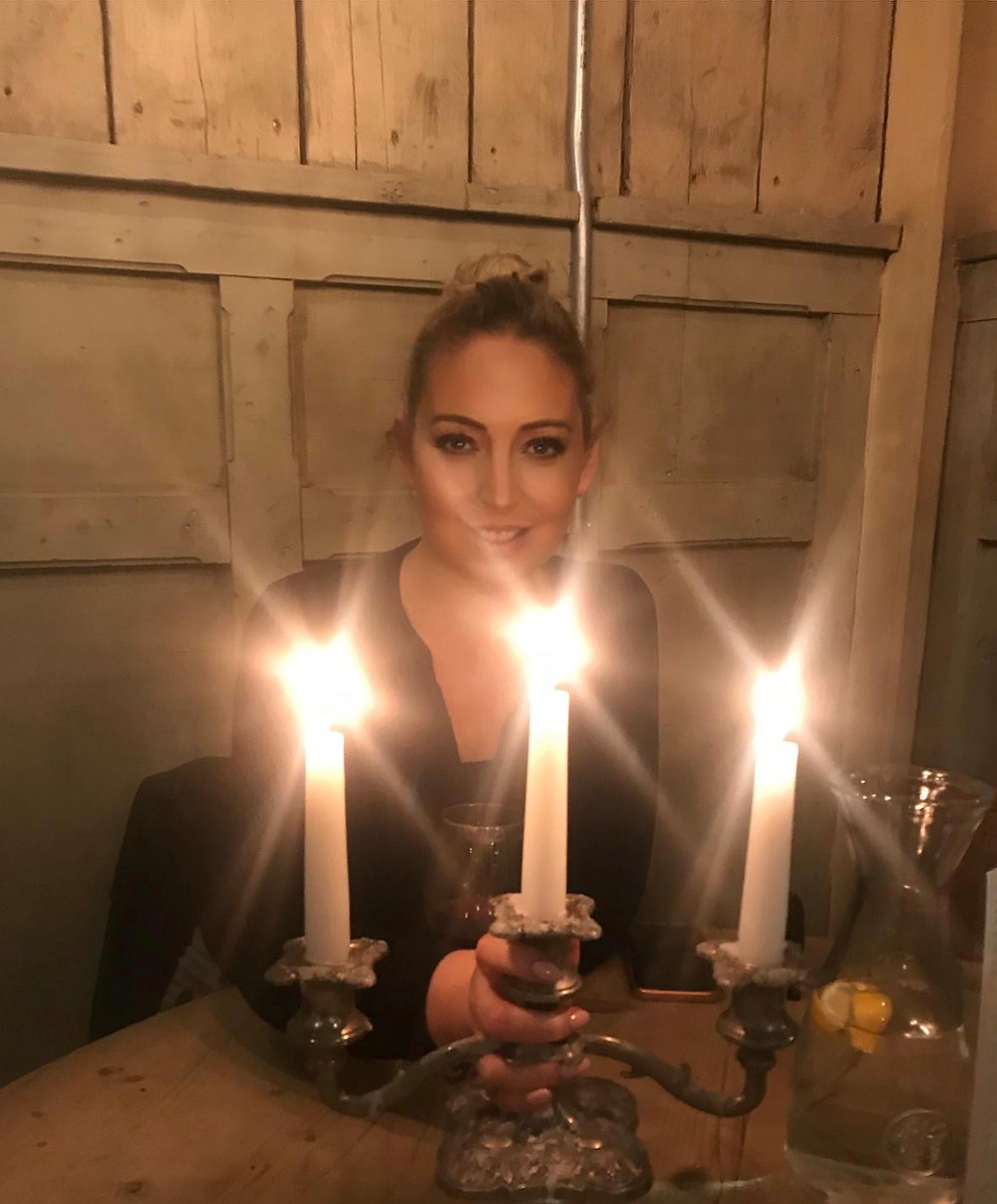 Tanya Louise at Bill's Nottingham
