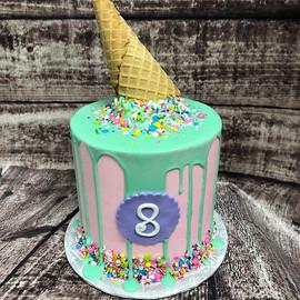 Cakes for days! #cakelife #customcakes #