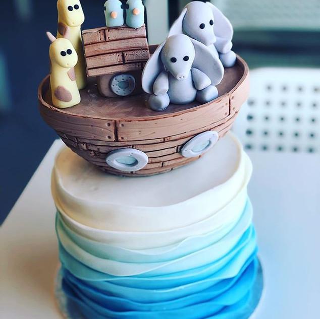 cute little Noah's ark cake this weekend