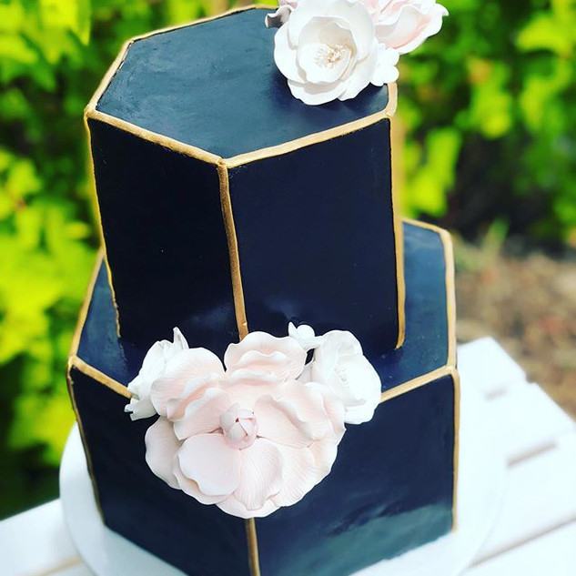 One of my favourite wedding cakes to dat