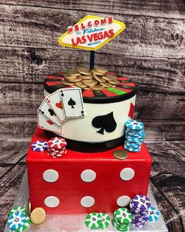 Take me to Vegas! #cake #bakery #yegcake