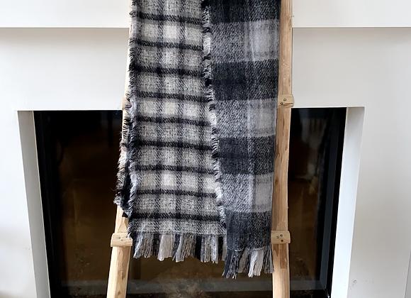 Sjaal geruit met dikke frengels