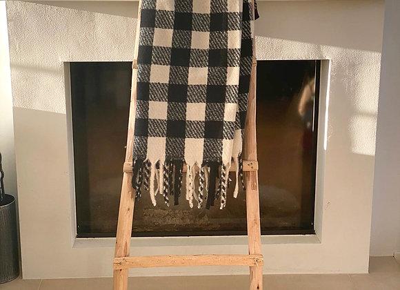 Sjaal geruit met frengels