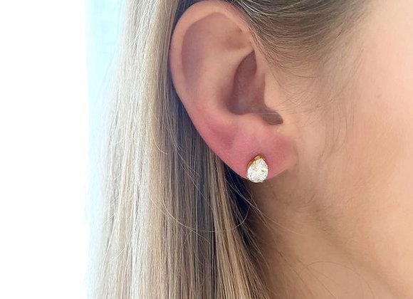 Gouden oorbellen in druppelvorm