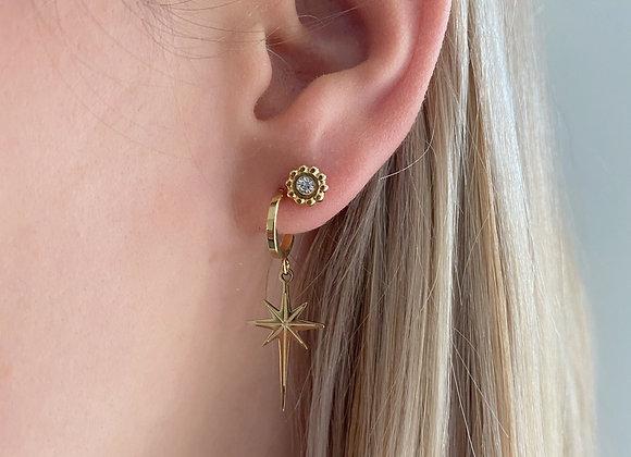Oorringen met ster & kleine oorbel met diamant
