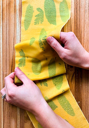 Pasta Quarantine: Let's Make Herb-Laminated Pasta!