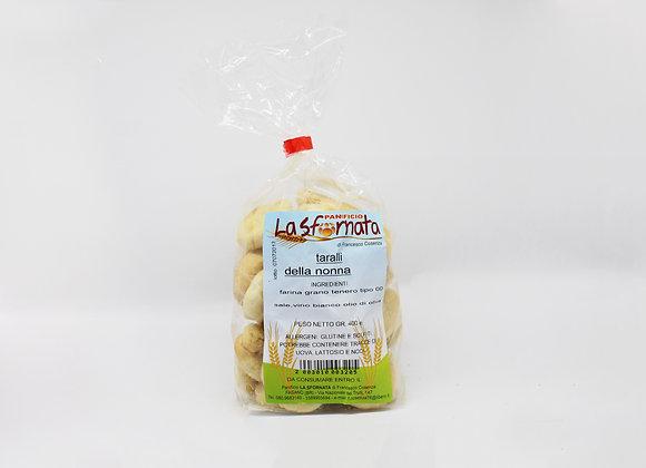 """""""TARALLI DELLA NONNA"""" baked bread nibbles"""