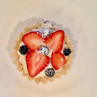 Strawberry Vanilla Creme Tart