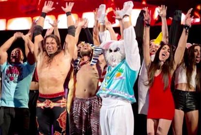 WWE Rosebuds Langshaw Twins