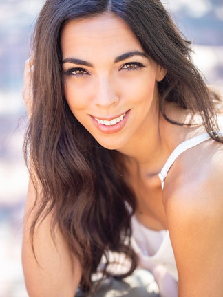 Dana Langshaw Actress Headshot