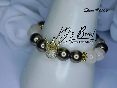 Cream Agate  & Antique Gold Semi-Pearl w/ Crown