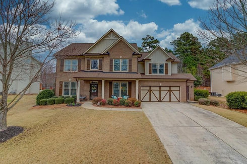 947 Ivey Chase front.jpg