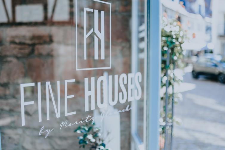 Fine Houses - Schaufenster.