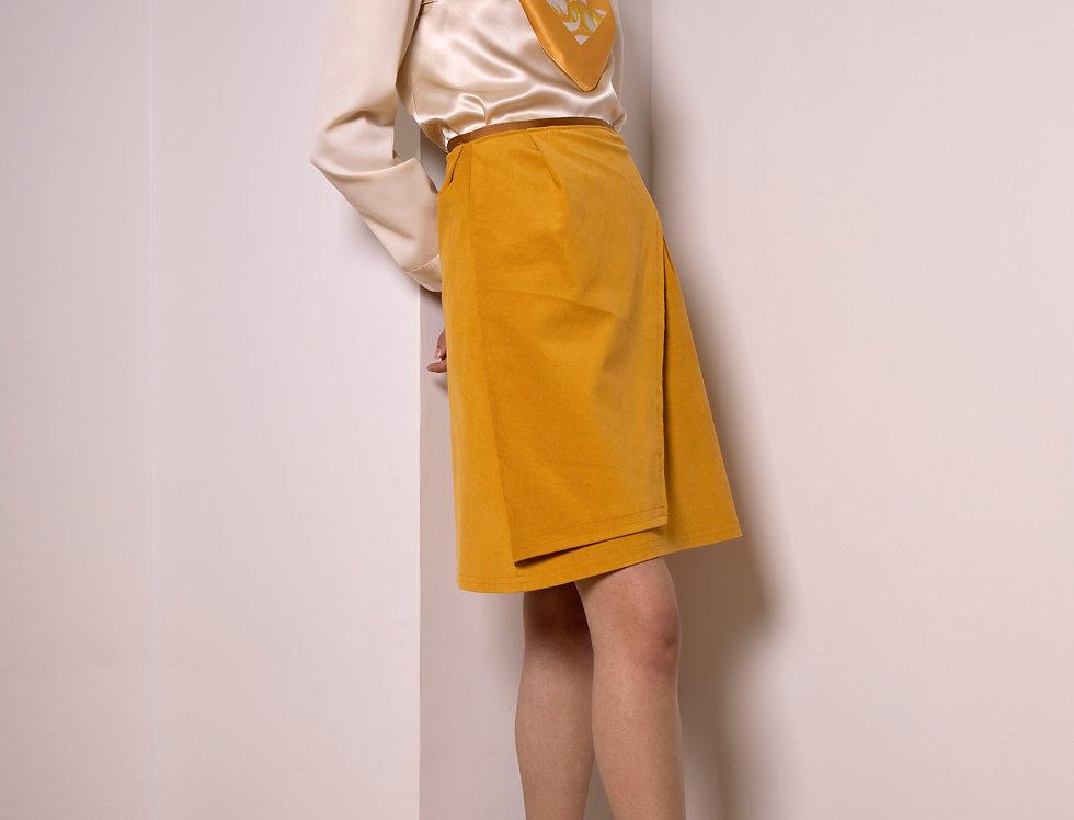 Moon mid-waist corduroy skirt