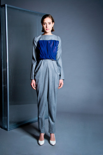 Draped silk and wool blouse                       210.00 €    Product number: DIS01B