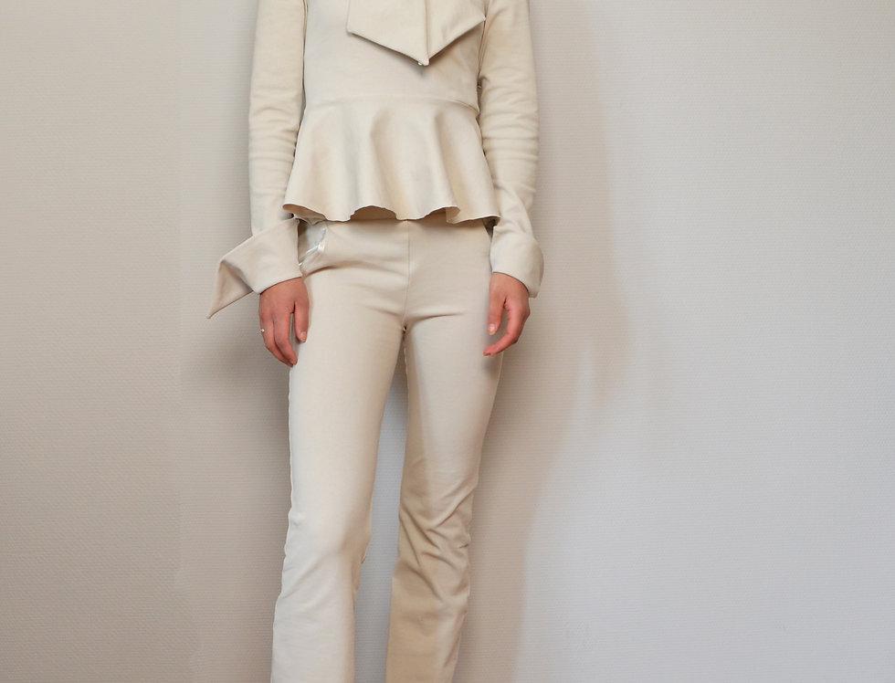 Flared elastic pants