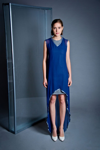 Silk and wool dress                     325.00 €    Product number: DIS01D