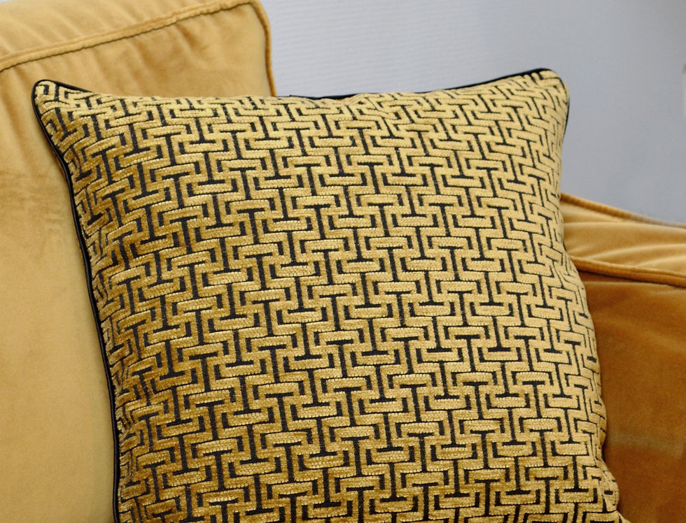 Geometric Print Pillow Cover