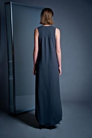 Long jersey dress                     250.00 €    Product number: DIS02D