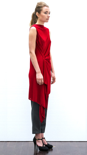 Draped viscose dress                     280.00 €    Product number: PS01D