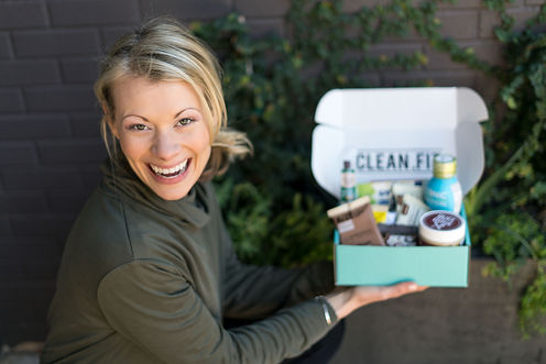 CLEAN.FIT founder Renee with boxJPG