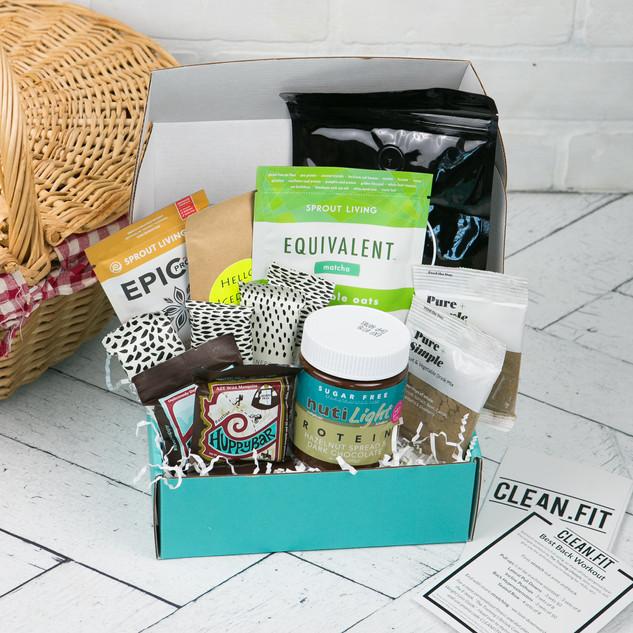 August 2018 CLEAN.FIT box.jpg