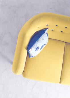 divano giallo