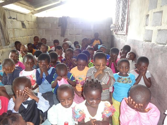 Children in Bible class at Wotutu Congregation