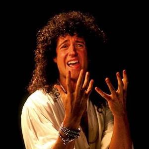Brian May relança Resurrection