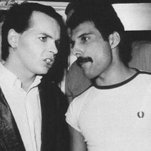 A bondade de Freddie Mercury revelada numa história de Gary Numan envolvendo um Big Mac em Tóquio