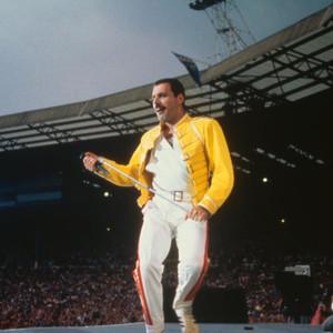 Há trinta e cinco anos os Queen tocavam em Wembley