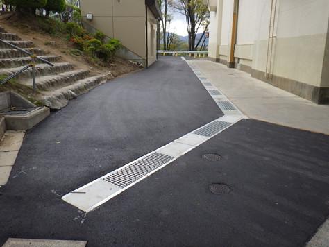 伊那東部中学校雨水排水路改修工事