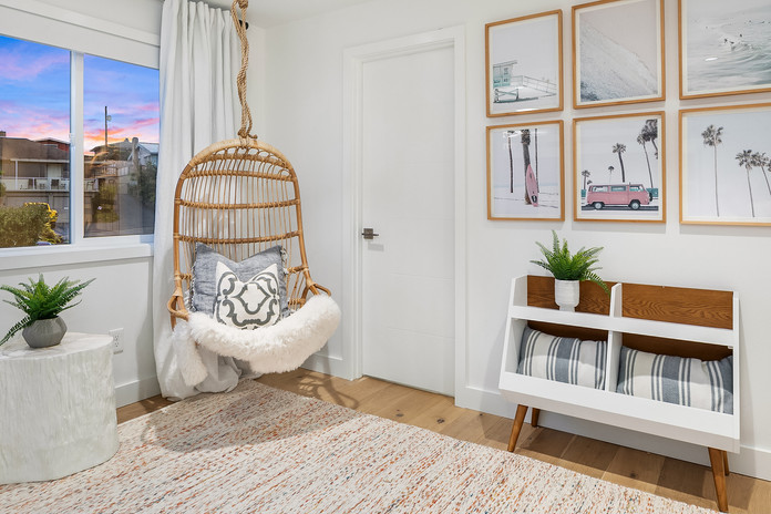 Hanging Chair reading nook