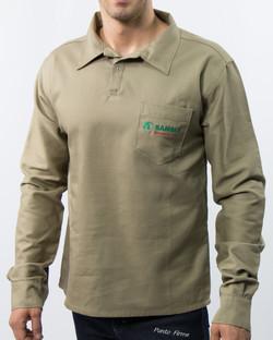 Camisa Masculina em Brim