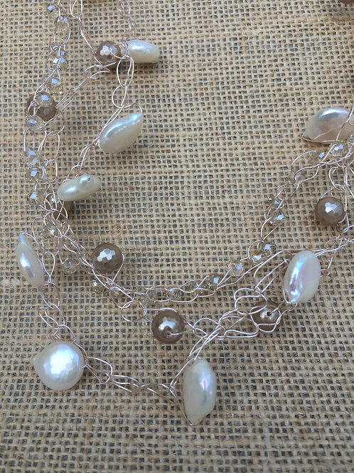 Rose Gold and Pearls Wire Crochet