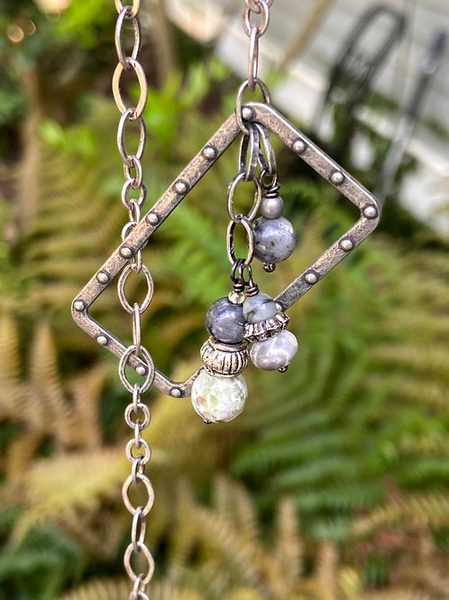 Lariat with Stone Drops