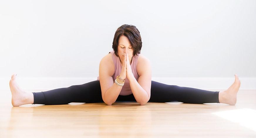 diane-cevallos-yoga1-crop2.jpg