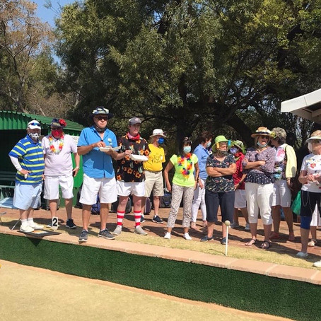 Bryanston Sports Club bowlers celebrate Spring!