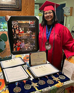 Gisela Flores 2020 Grad