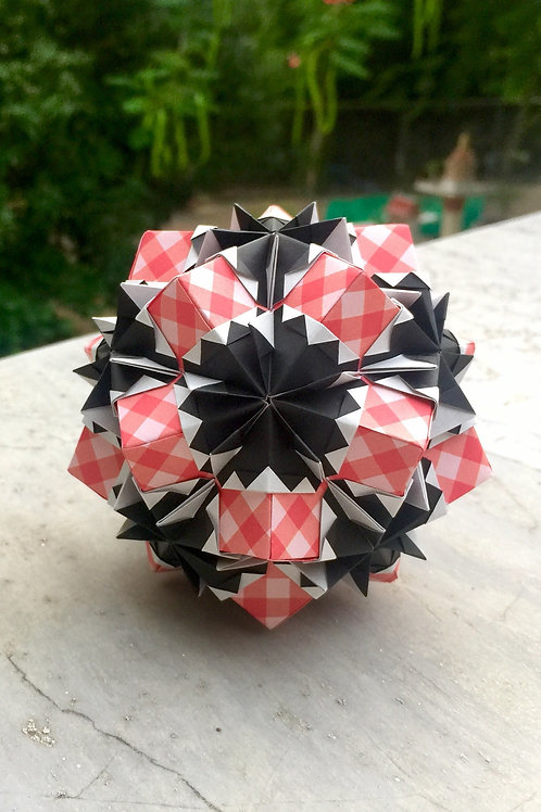 Heartbreak Kusudama