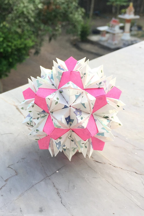 Rabbit Ear Kusudama